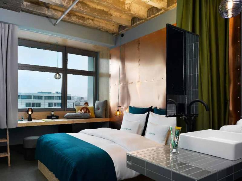 1311_7_25hours_hotel_bikini_berlin-UrbanM3-Room