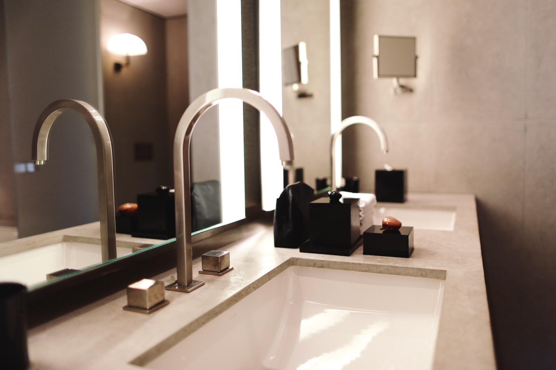 Armani Hotel © PulpCollectors 11