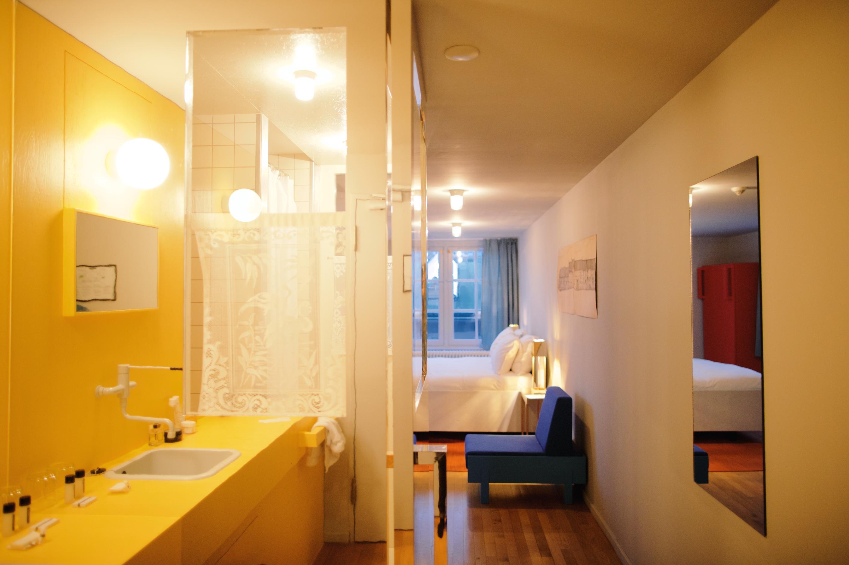 stay lloyd hotel culturele ambassade amsterdam pulp collectors. Black Bedroom Furniture Sets. Home Design Ideas